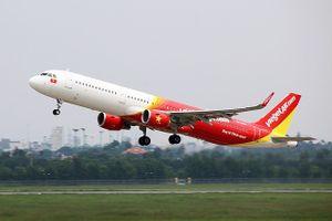 Máy bay Vietjet đi Vinh phải hạ cánh xuống Nội Bài, khách phản ứng gây rối