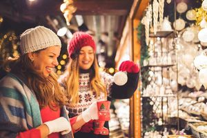 9 chợ Giáng sinh nổi tiếng châu Âu vào mùa rộn ràng chào đón du khách