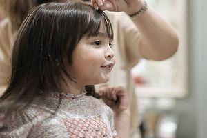 Cô bé Philippines gây sốt toàn châu Á vì nụ cười thiên thần