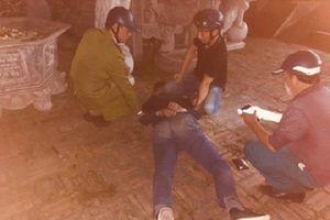 Thái Nguyên: Nam thanh niên vào chùa nổ súng liên tiếp rồi dùng dao tự sát