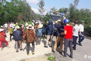 Hà Tĩnh: Dân lại bao vây xe chở rác, giao thông 5 xã tê liệt