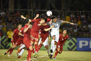 Trước trận tuyển Việt Nam - Philippines: 10 năm đợi chờ!