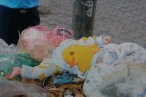Đau xót bé sơ sinh bị mẹ bỏ trong thùng rác
