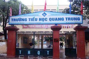 Hà Nội: Học sinh lớp 2 bị cô giáo cho bạn tát 50 cái