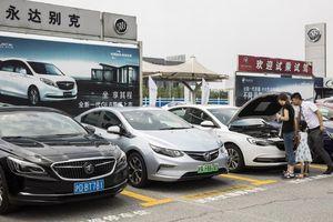 Gỡ bỏ thuế nhập khẩu ôtô vào Trung Quốc có cứu được các nhà máy Mỹ?
