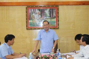 Đoàn công tác UBND tỉnh Phú Thọ đến thăm và làm việc tại Petrolimex Phú Thọ