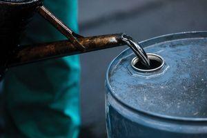 Thị trường dầu mỏ: Niềm vui ngắn hạn, nỗi lo lâu dài