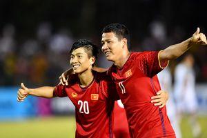 Chuyên gia châu Á: 'Tuyển Việt Nam chơi biến ảo nhất AFF Cup'
