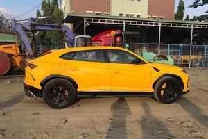 Thêm một chiếc Lamborghini Urus màu vàng cập bến Việt Nam