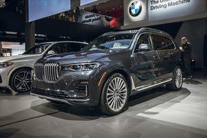'Khủng long' BMW X7 lần đầu xuất hiện trước công chúng