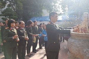 Công đoàn CAND dâng hương tại đền thờ lãnh tụ Nguyễn Đức Cảnh