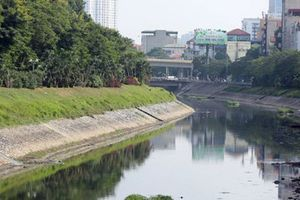 Biến sông Tô Lịch thành sông Thames: Hà Nội 'đánh đổi' gì?