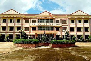 Cách chức Phó chủ tịch huyện chiếm 8 ha đất của lâm trường