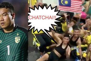 Cầu thủ Malaysia ăn mừng 'khó đỡ' chế nhạo thủ môn Thái Lan