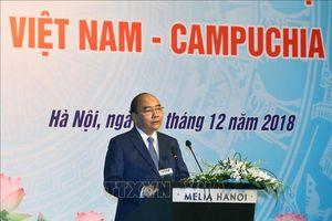 Thủ tướng Nguyễn Xuân Phúc và Thủ tướng Samdech Hun Sen dự Diễn đàn doanh nghiệp Việt Nam - Campuchia