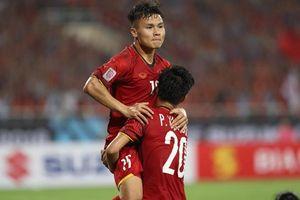 Việt Nam vào chung kết AFF Cup sau 10 năm chờ đợi