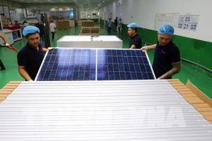 Phát triển điện mặt trời còn gặp khó