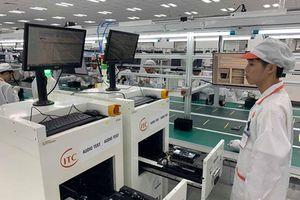 Có gì bên trong nhà máy sản xuất điện thoại Vinsmart?