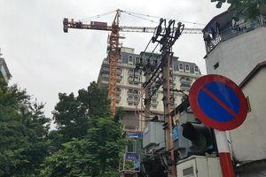 Bài 3: Phường Cửa Nam (Hoàn Kiếm – Hà Nội): Dự án 51 Phan Bội Châu bị xử phạt 25 triệu đồng vì cẩu trục tháp vận hành không phép, bất chấp lệnh đình chỉ vẫn ngang nhiên hoạt động.