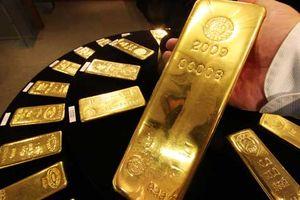Vàng trong nước đi ngược với xu hướng tăng của giá vàng thế giới