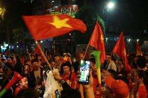 Triệu trái tim cùng chung nhịp đập sau chiến thắng của tuyển Việt Nam