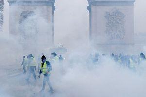 Bản tin audio Thế giới tuần qua số 40: 'Bóc trần' bạo loạn 'Áo Vàng' và những gì đang chờ đợi Tổng thống Macron