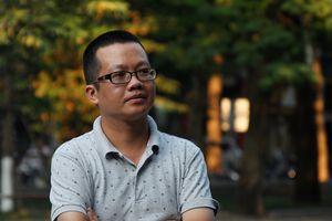 Nhà văn Uông Triều: Khi dạy học, tôi tận tâm và hết mình