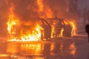 Bạo loạn ở Pháp, lo ngại đảo chính
