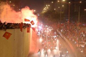 Công an nói về đêm fan 'đi bão' mừng ĐT Việt Nam vào chung kết AFF Cup