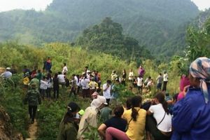 Chủ tịch hội nông dân xã ở Thanh Hóa chết treo cổ trong chòi canh