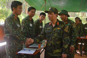 Sư đoàn 324 diễn tập chỉ huy cơ quan 1 bên 3 cấp ngoài thực địa, có 1 phần thực binh