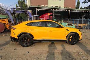 Lamborghini Urus về Việt Nam với màu sơn vàng nổi bật
