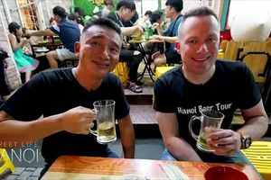 Phố bia Tạ Hiện lên sóng truyền hình Mỹ