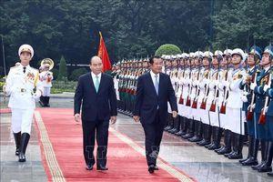 Thủ tướng Nguyễn Xuân Phúc chủ trì Lễ đón Thủ tướng Vương quốc Campuchia Hun Sen