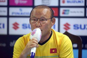 HLV Park Hang Seo: 'Tôi hạnh phúc với bàn thắng của Công Phượng'