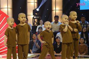 Rơi nước mắt trước hoàn cảnh của 5 chú tiểu bị bỏ rơi đạt giải 100 triệu ở 'Thách thức danh hài'