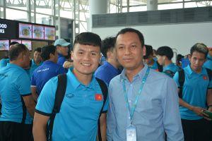 Đội tuyển Việt Nam rạng ngời lên đường sang Malaysia chơi trận chung kết