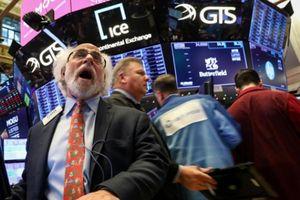 Cổ phiếu công nghệ đưa chứng khoán Mỹ 'thoát hiểm'