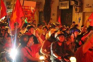 Hàng triệu trái tim vở òa với chiến thắng của đội tuyển Việt Nam