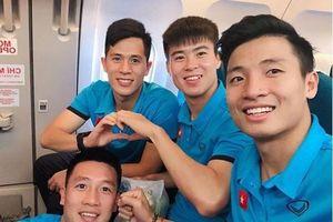 Cầu thủ tuyển Việt Nam hào hứng check-in sang Malaysia đá chung kết