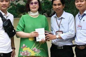 Trả lại ví có 70 triệu đồng cho nữ du khách Hàn Quốc bỏ quên