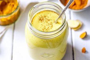Sáng dậy uống ngay ly nước màu vàng này giúp da đẹp, dáng xinh