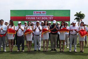 Hơn 2, 8 tỉ đồng giải golf từ thiện Báo Công an TP.HCM 2018 'Chung tay đón Tết'.