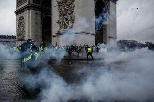 Bà Le Pen: 'Khủng hoảng tại Pháp chỉ có thể giải quyết bằng các biện pháp chính trị'