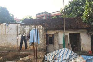 Quốc Oai: Một gia đình bị cản trở vì làm nhà đúng theo đất sổ đỏ