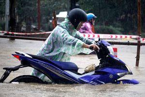Đà Nẵng cho học sinh, sinh viên nghỉ ngày 10/12 vì mưa ngập