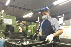 Lao động trẻ không mặn mà với các ngành sản xuất