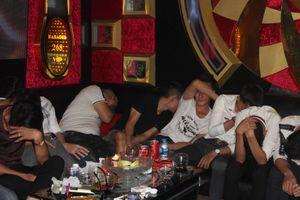 Đột kích quán karaoke, phát hiện hàng chục nam nữ đang chơi ma túy