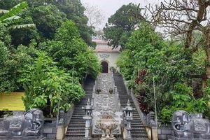 Lễ Dâng hương ngày hóa Đức Thánh Tản Viên và thực hành tín ngưỡng thờ Mẫu Tứ Phủ của người Việt