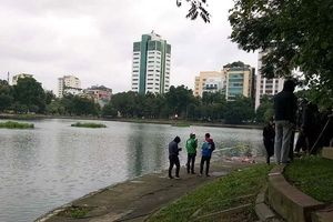 Phát hiện thi thể người đàn ông nổi lềnh bềnh trên hồ Thiền Quang